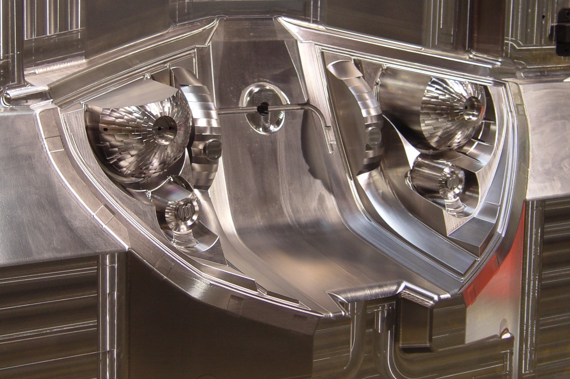 Delcam S New Powermill Cam Can Mirror Complete Machining